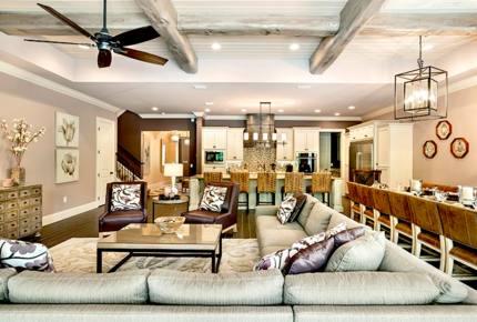 Mediterranean Luxury Villa - Reunion, Florida