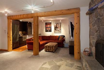 Snowridge Chalet - Whistler, Canada