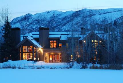 EXCLUSIVE STAY SKI EXPERIENCE - Sun Valley Thanksgiving Escape, Idaho