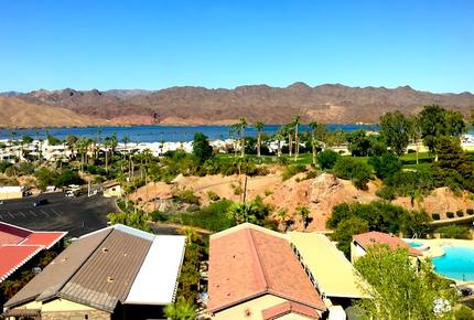 Springs Del Sol Lake Havasu Condo - Close to the Water!