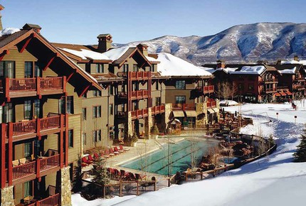 EXCLUSIVE STAY SKI EXPERIENCE
