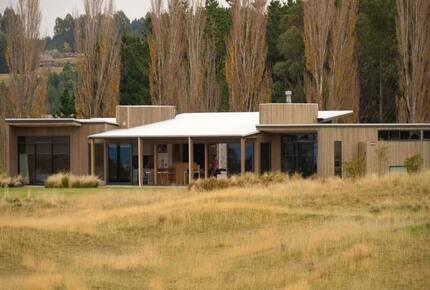 Dunalistair House at The Kinloch Golf Club - Kinloch, New Zealand