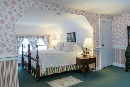 West Mountain Inn (HS)