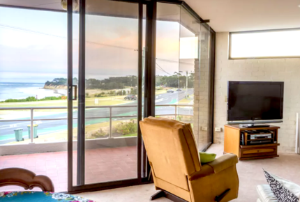 Central Surf Coast House with Spectacular Views!