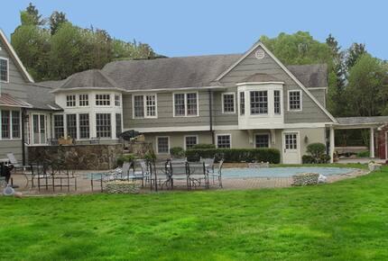 Connecticut Estate
