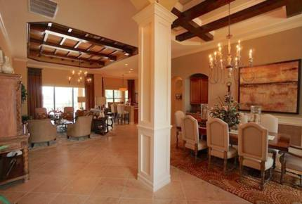 Naples Luxury Residence