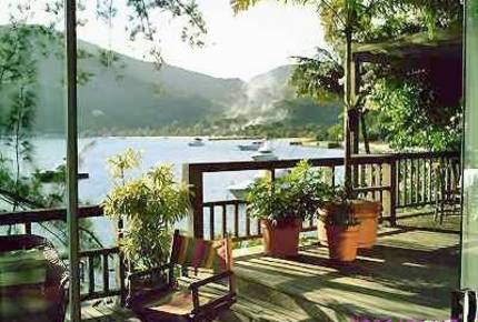 Beach Front Property in Portogalo Angra dos Reis