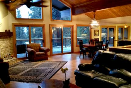 Beautiful Ryan House at Incline Village