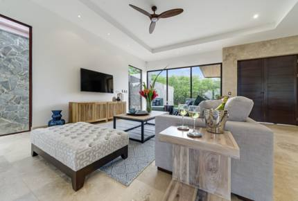 Equity Residences Beachfront Escape