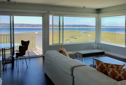 Crown Point Residence- Pacific Beach