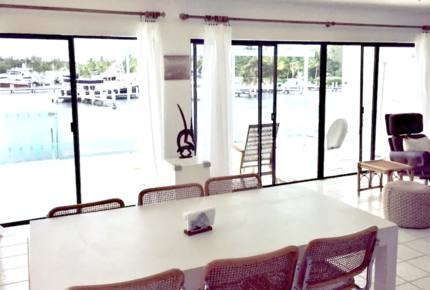 Beautiful Overwater Townhouse - Great Harbour Cay, Bahamas