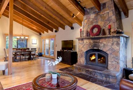 North Lake Tahoe: Lakewood Lodge