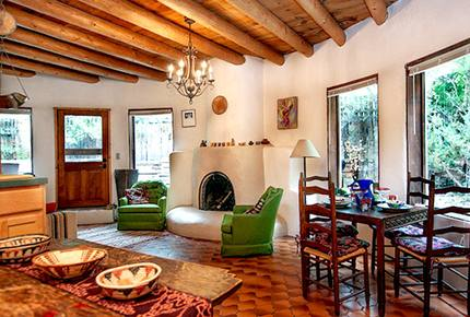 Sister Casita - Bohemian and Dog-Friendly!