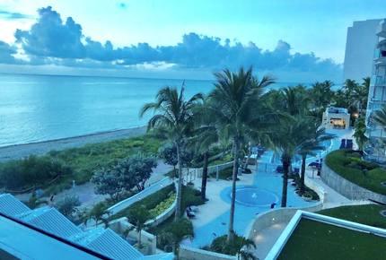 Ocean View Carillon Luxury Wellness Resort - Miami Beach, Florida