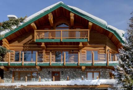 Authentic Whistler Ski Chalet - Whistler, Canada