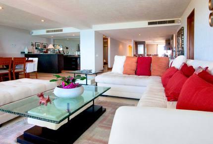 Marina Vallarta Residence