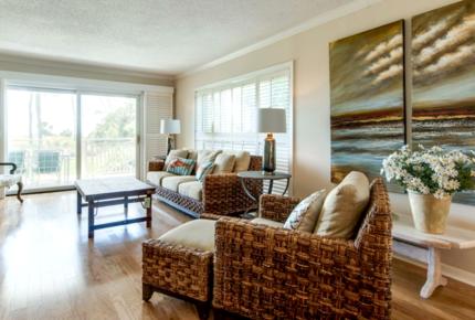 Shorewood Luxury Villa