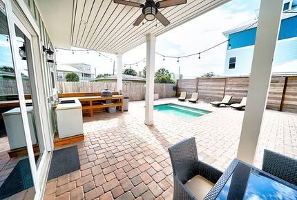 Dog Dayz Luxury Villa - Florida Panhandle - Panama City Beach, Florida