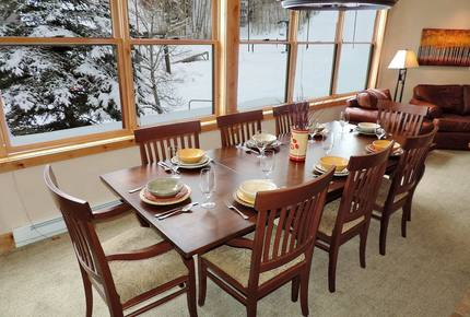 Cimarron Town Home: True Ski-In/Ski-Out