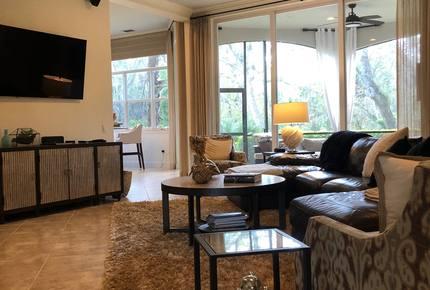 Naples Luxury Condo Retreat