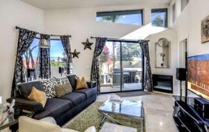 Modern Desert Townhome - Palm Springs, California