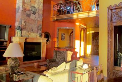 Casa de Perros Amarillos - Bajamar Oceanfront Resort