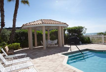 La Plage Beach Villa on Anna Maria Island - Holmes Beach, Florida