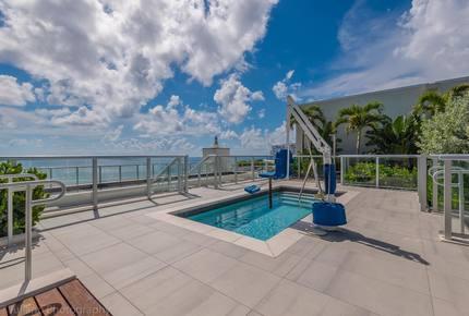 Brand New Beach Resort - Costa Hollywood