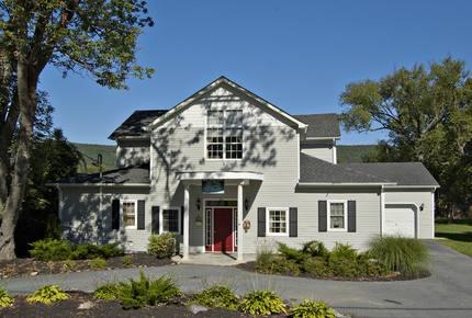 Tara House - Greenwood Lake, New York