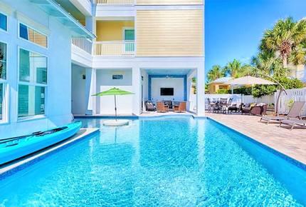 Born To Sun - Miramar Beach, Florida