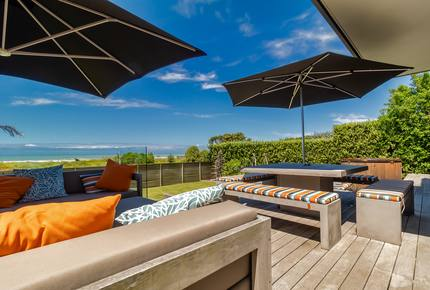 Award-Winning Kiwi Beach! - Waimarama, New Zealand