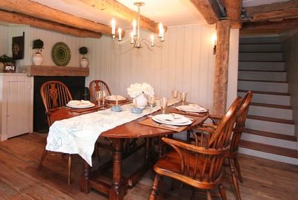 Millbrook Farmhouse Escape - Millbrook, New York