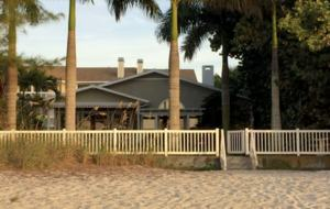 Seagrape Cottage - Indian Rocks Beach, Florida