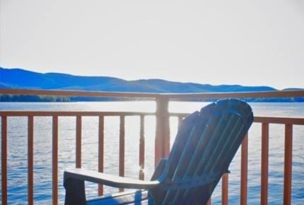 Serene Lakefront Home