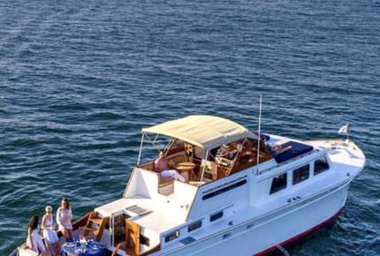 Kingfisher Luxury Yacht 50' Huckins Corinthian - 3 Day - 2 Night Weekend East Coast Cruise