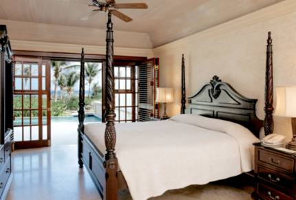 The Crane Resort - One-Bedroom Ocean Facing Suite with Private Pool