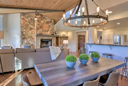 Flagstaff Modern Luxury Cabin - Flagstaff, Arizona