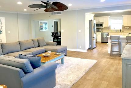 Clearwater Beach Bungalow - Clearwater Beach, Florida