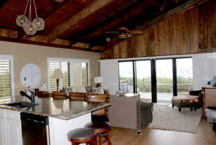 New Smyrna Beachfront Abode