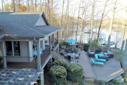 Lake Norman Waterfront Retreat - Mooresville, North Carolina
