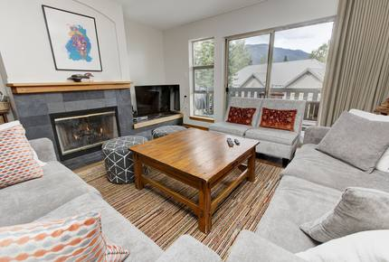 3 Bedroom Townhouse in Whistler Upper Village