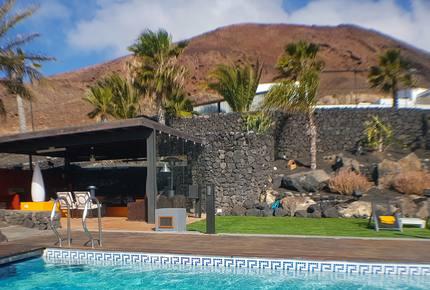 Montaña Roja Villa