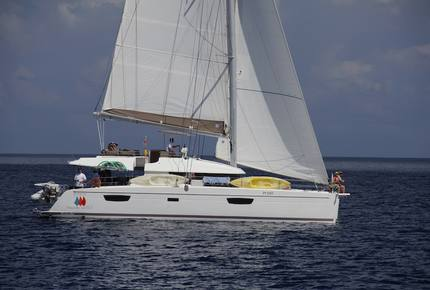 TradeWinds 60ft 5 Cabin Crewed Catamaran Luxury Class - French Polynesian Sailing Vacation
