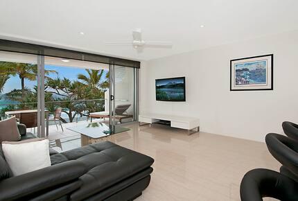 Beachfront Noosa - Noosa Heads, Australia