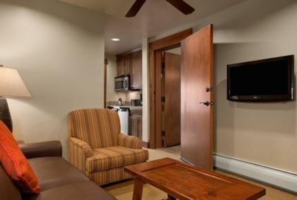 Grand Lodge Ski In/Ski Out - 1 Bedroom - Breckenridge, Colorado
