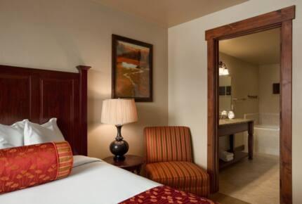 Grand Lodge Ski In/Ski Out - 1 Bedroom