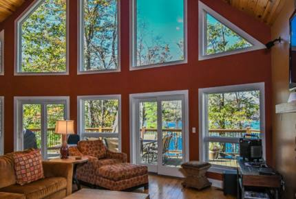 Four Seasons Chateau - Taylor-Made Deep Creek Vacations
