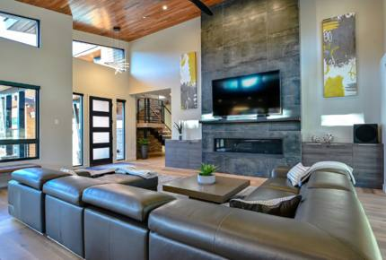 Luxury Gray's Crossing Home