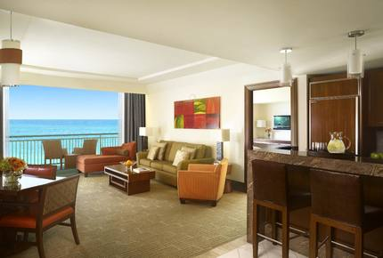 The reef atlantis one bedroom suite   living room 12272 med