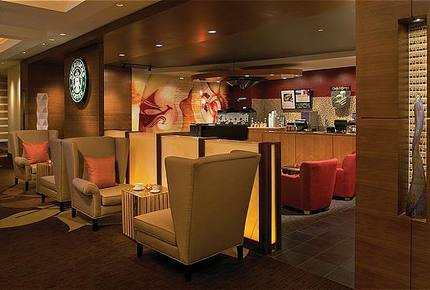 Starbucks located in the reef atlantis lobby 1626 low